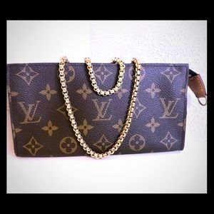Louis Vuitton Pouch GM Crossbody
